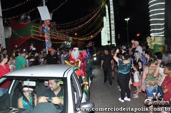 FESTIVAL DE NATAL - CHEGADA DO PAPAI NOEL