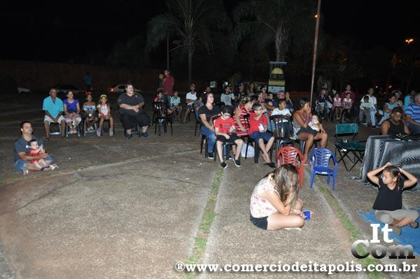 CINESOLAR - CINEMA MOVIDO A ENERGIA SOLAR